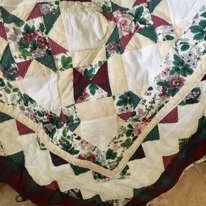 Waverly Valley Bouquet Patchwork Quilt King Size